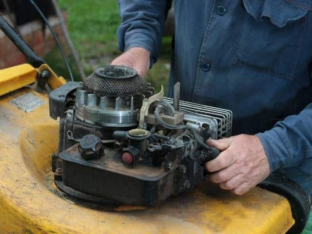 How to troubleshoot a lawnmower that runs then dies.